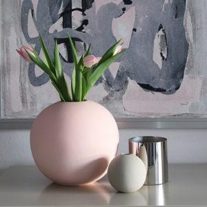 ball-vase-pink1